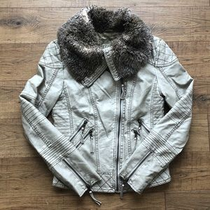 Guess Size S Coat